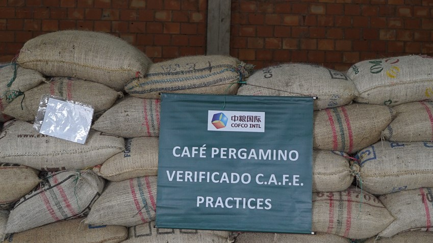 C.A.F.E. certified coffee waiting to be shipped to Starbucks at COFCO's Huila warehouse. In Colombia, COFCO works with the certification and verification programmes of UTZ, Rainforest Alliance, C.A.F.E. Practices, Organic and Fair Trade.