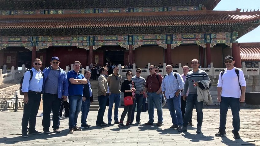 Paulo and Brazilian producers visiting China. In the end, says Paulo, despite the language barriers and cultural differences, people left knowing and understanding one another so much better.